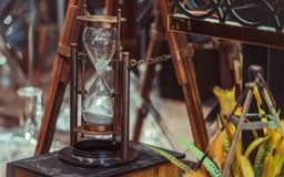 Rocznika zegarek Na Światowej mapie obraz royalty free