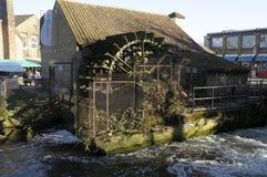 Roda d'água em Merton Abbey Mills fotos de stock
