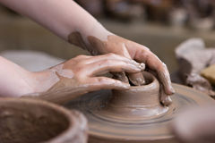 Roda da cerâmica fotografia de stock
