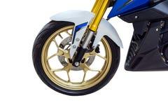 Roda da motocicleta Isolado no fundo branco com spac da cópia Fotografia de Stock Royalty Free