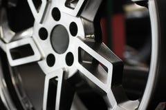 Roda de carro de Chrome imagem de stock