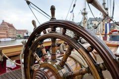 Roda de direcção do navio Fotografia de Stock