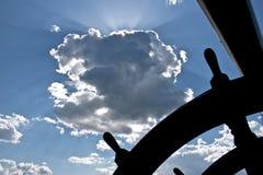 Roda de direcção do `s do navio Fotografia de Stock