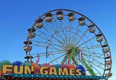 Roda de Ferris na feira fotos de stock royalty free