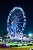 Roda de Ferris na noite em Tailândia & x28; Asiatique& x29; Fotografia de Stock