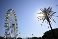 Roda de Ferris no por do sol fotografia de stock