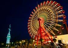 Roda de Ferris no porto de Kobe imagens de stock royalty free