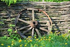 Roda de madeira do transporte de Brocken fotos de stock royalty free