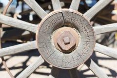 Roda de vagão de madeira velha Foto de Stock Royalty Free