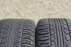 roda do automóvel Pneus de borracha Borracha do verão ajustada para o carro W Fotos de Stock
