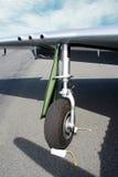 Roda do avião imagens de stock