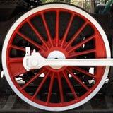 Roda locomotiva vermelha Imagens de Stock
