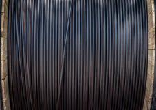 Rodado encima de los cables Foto de archivo