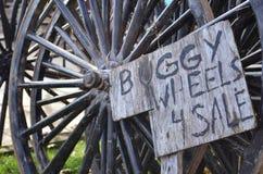 Rodas com erros de Amish para a venda imagem de stock