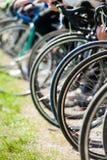 Rodas de bicicleta antes do começo Fotografia de Stock