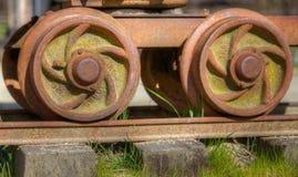 Rodas de carro velhas do trilho Fotos de Stock Royalty Free
