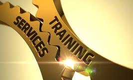 Rodas denteadas douradas com conceito dos serviços de treinamento 3d Fotografia de Stock Royalty Free