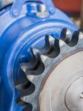 Rodas denteadas em um eixo motor Imagens de Stock