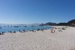 Rodas strand på den Cies ön Arkivbilder