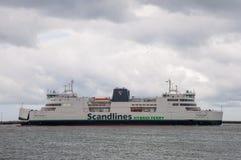 Rodby丹麦- 2017年4月14日:在R的Scandlines轮渡德国 免版税库存照片