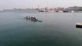 Roddare, medan paddla i havet Fotografering för Bildbyråer