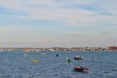 Roddbåtar i lås sjön, Portsmouth Royaltyfria Bilder