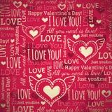 Rode achtergrond met valentijnskaarthart en wensen te Royalty-vrije Stock Foto's