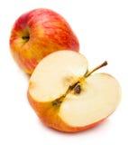 Rode appel en half Stock Foto