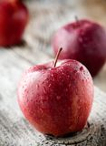 Rode appelen stock foto