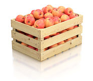 Rode appelen in het houten krat Stock Afbeeldingen
