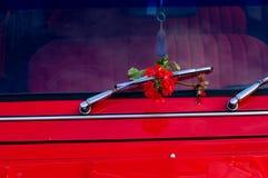 Rode auto Royalty-vrije Stock Foto's