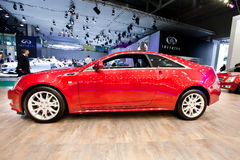 Rode auto Cadillac CTS Royalty-vrije Stock Afbeelding