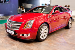 Rode auto Cadillac CTS Royalty-vrije Stock Foto