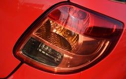 Rode auto, lichten Stock Foto