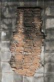 Rode baksteen in muurcement Stock Afbeeldingen
