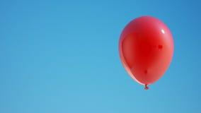 Rode ballon met het knippen van weg Royalty-vrije Stock Afbeeldingen