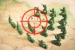 Rode beeldzoeker over rebellen op het grondgebied van Libië: nadruk op het conflict van Libië Royalty-vrije Stock Afbeeldingen