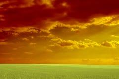 Rode bewolkt Stock Afbeelding
