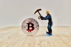 Rode bitcoinmijnbouw stock fotografie