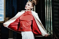 Rode blouse Stock Foto's
