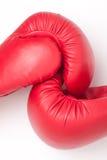 Rode bokshandschoenen Stock Foto
