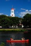 Rode boten door Harvard Stock Foto's