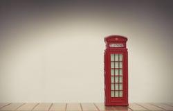 Rode Britse Telefooncel Stock Fotografie