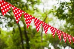 Rode bunting vlaggen Royalty-vrije Stock Foto