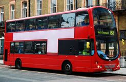 Rode bus in Londen royalty-vrije stock foto's