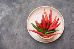 Rode chillis voor het koken Royalty-vrije Stock Afbeeldingen