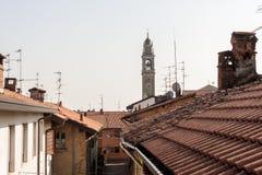 Rode daken van Italyan-stad Lomazzo Stock Fotografie