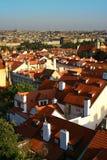 Rode daken van Praga Stock Foto