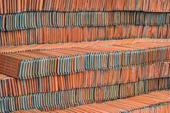 Rode daktegel Stock Foto's