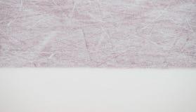 Rode de noteringenclose-up van de ijshockeypiste, de achtergrond van de de wintersport stock foto's